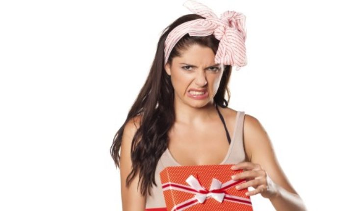 Pick gifts for her and try to amaze her